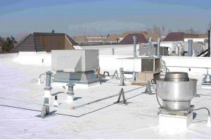 Lakewood-flat-commercial-roof-replacement